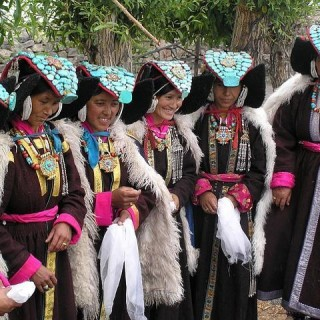 Tibet, costumi