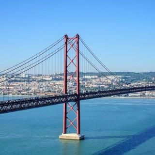Portogallo, ponte del 25 aprile a Lisbona