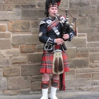 Scozia, musicista di cornamusa